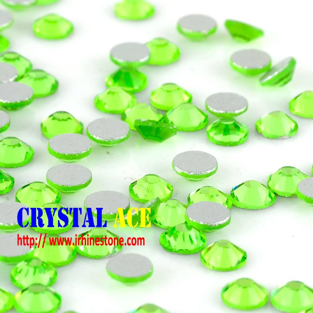Shiny Peridot non hotfix rhinestone crystals, Flat back strass, glass stones for nail arts