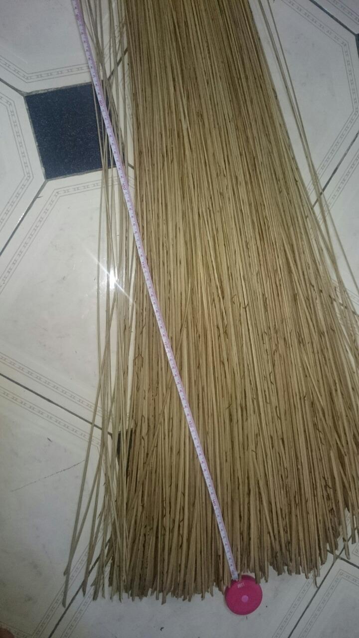 Vietnam coconut broom with competitve price for garden
