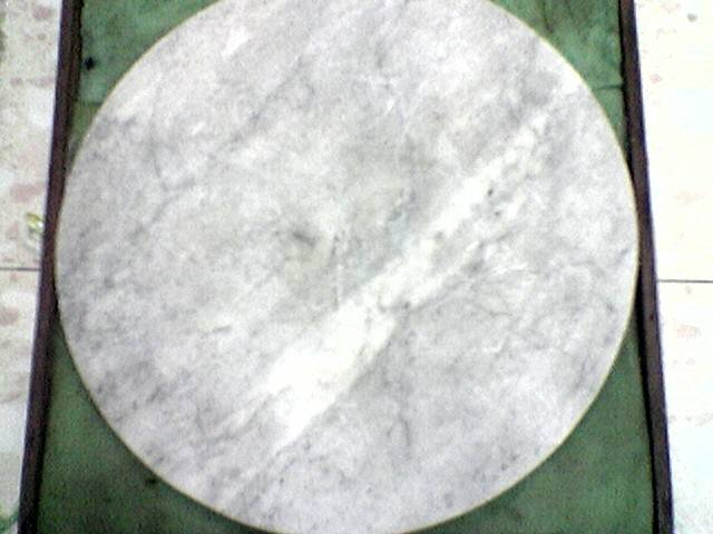Meja daun Giok( Jade leaf table
