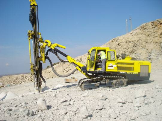 Used JUNJIN SD 1300 E Hydraulic Crawler Drill Rig