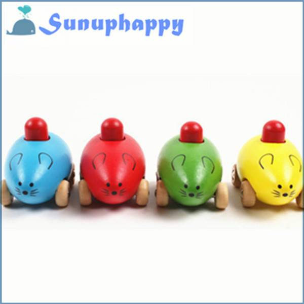 Wholesale custom new design cute wooden mouse shape squeeze toy for kids