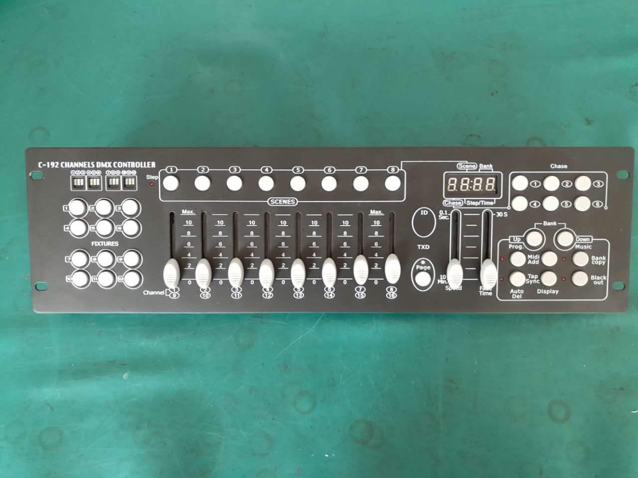 Professional Stage Lighting DMX 192CH Controller with easy operation