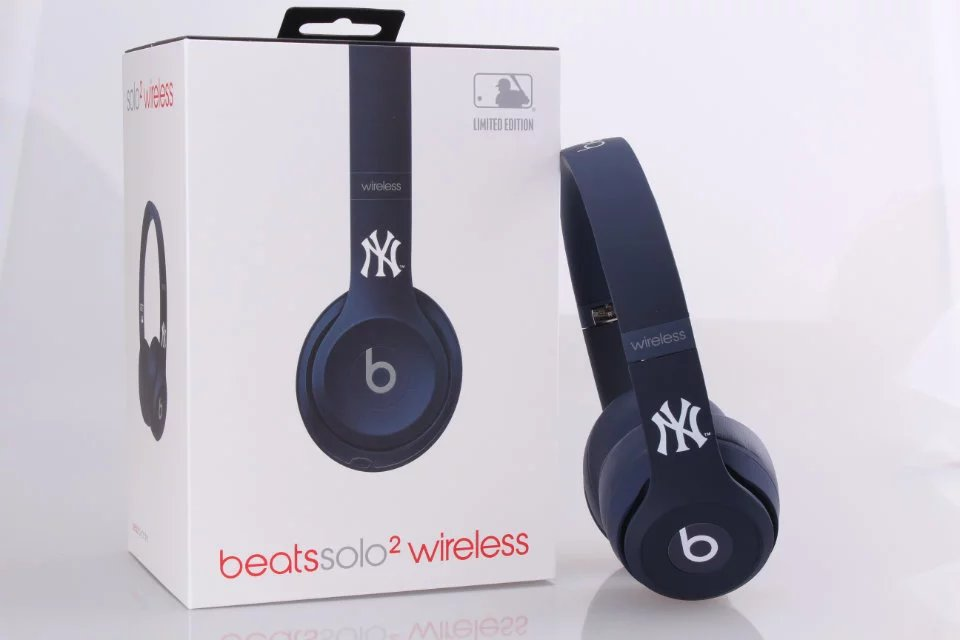 Beats Solo2 Wireless Headphone Yankees