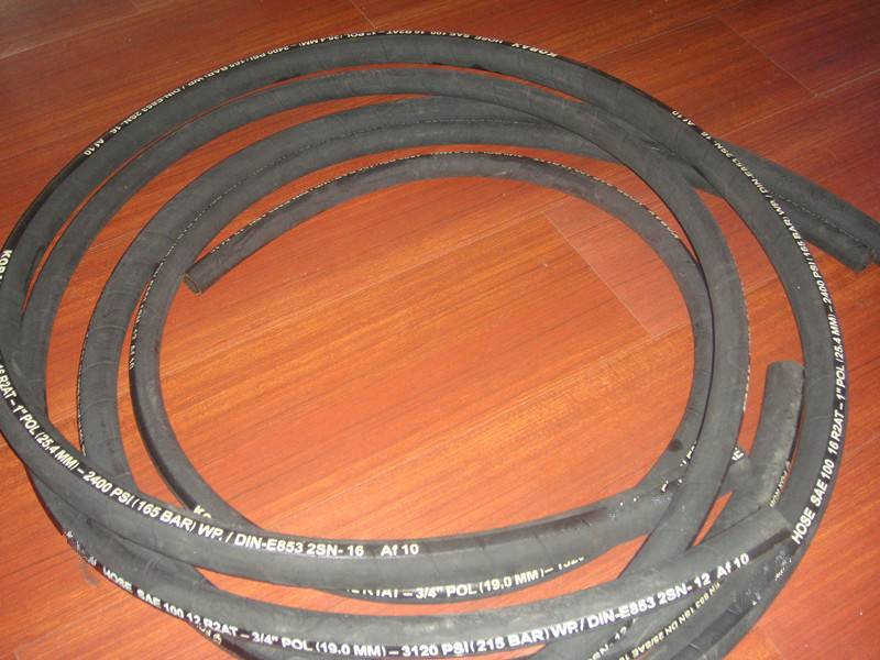 Two Steel Wire Braid Rubber Hose