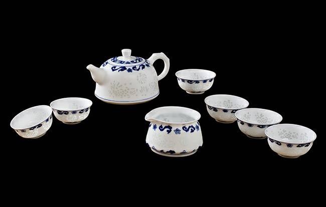 Nice Handmade Porcelain Tea Cups Set for Sale