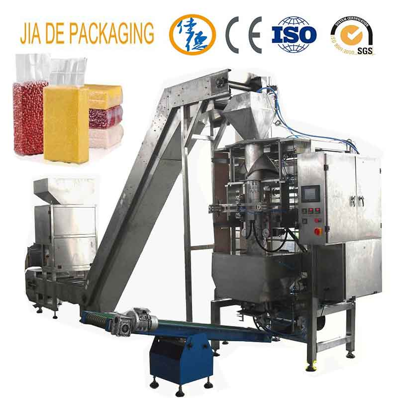 Fully automatic vacuum brick-shaped bag rice bean granule packing machine