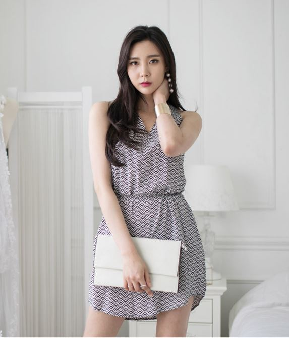 Summer New style High fashion latest design V-neck sleeveless dress
