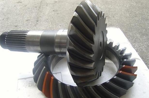 Middle axle gear for heaxy truck