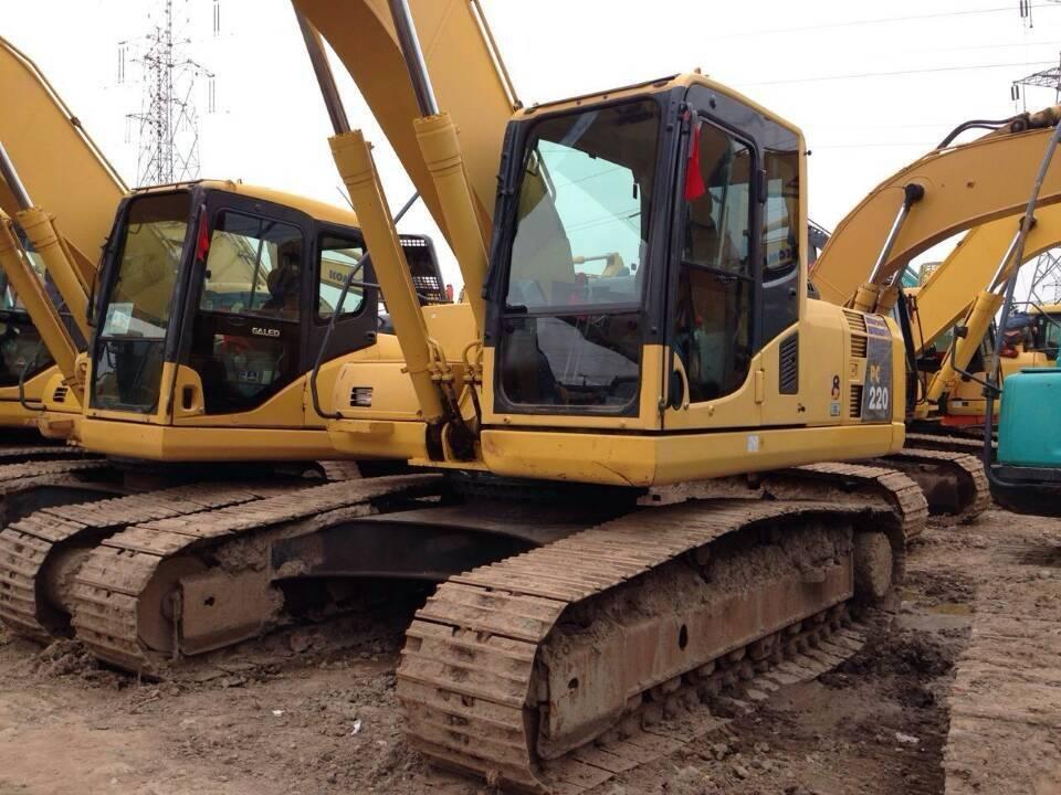 Used komatsu pc220-8 excavator for sale