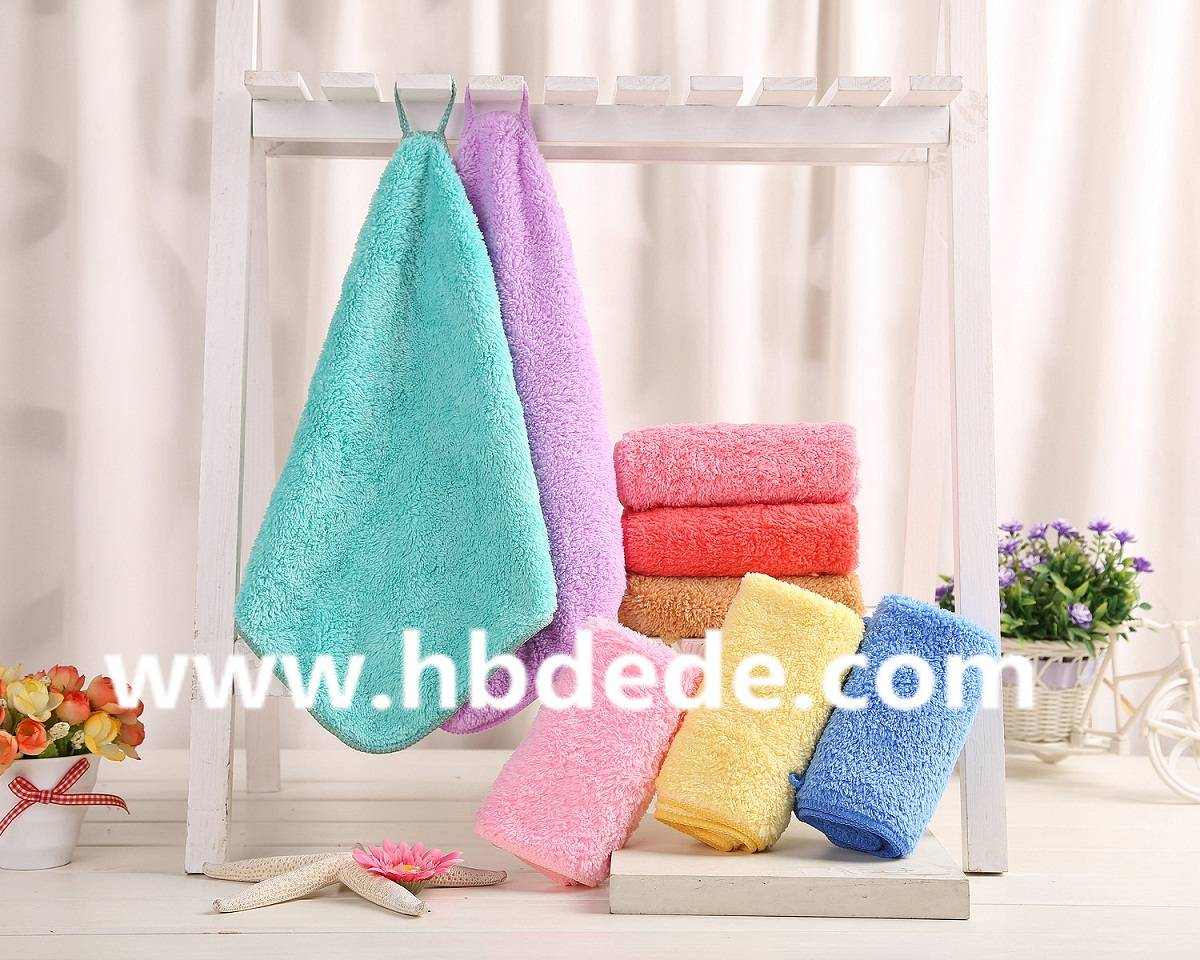 kitchen towel water-absorbing quality