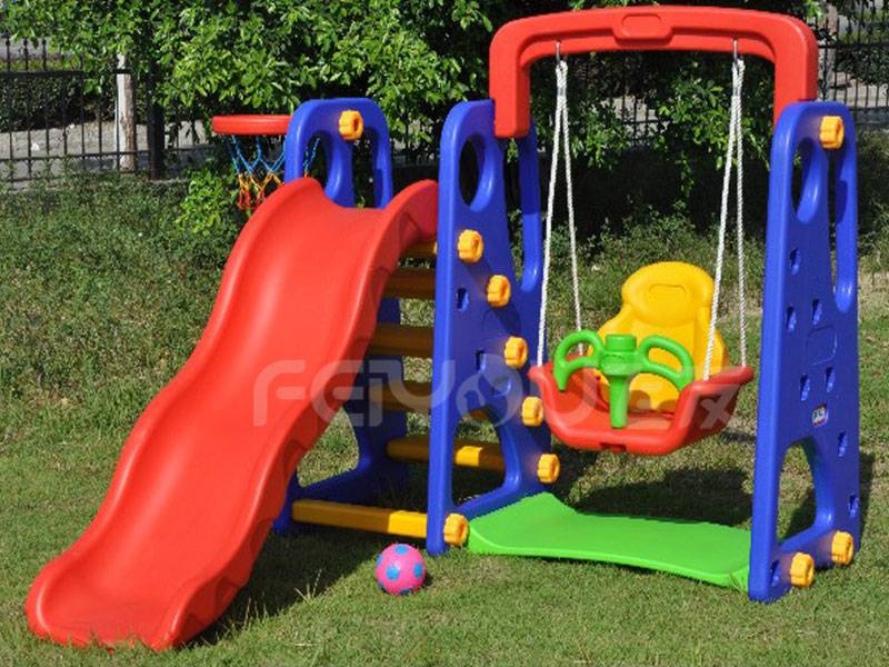 Small playground plastic slide with swing set for kids FY826401