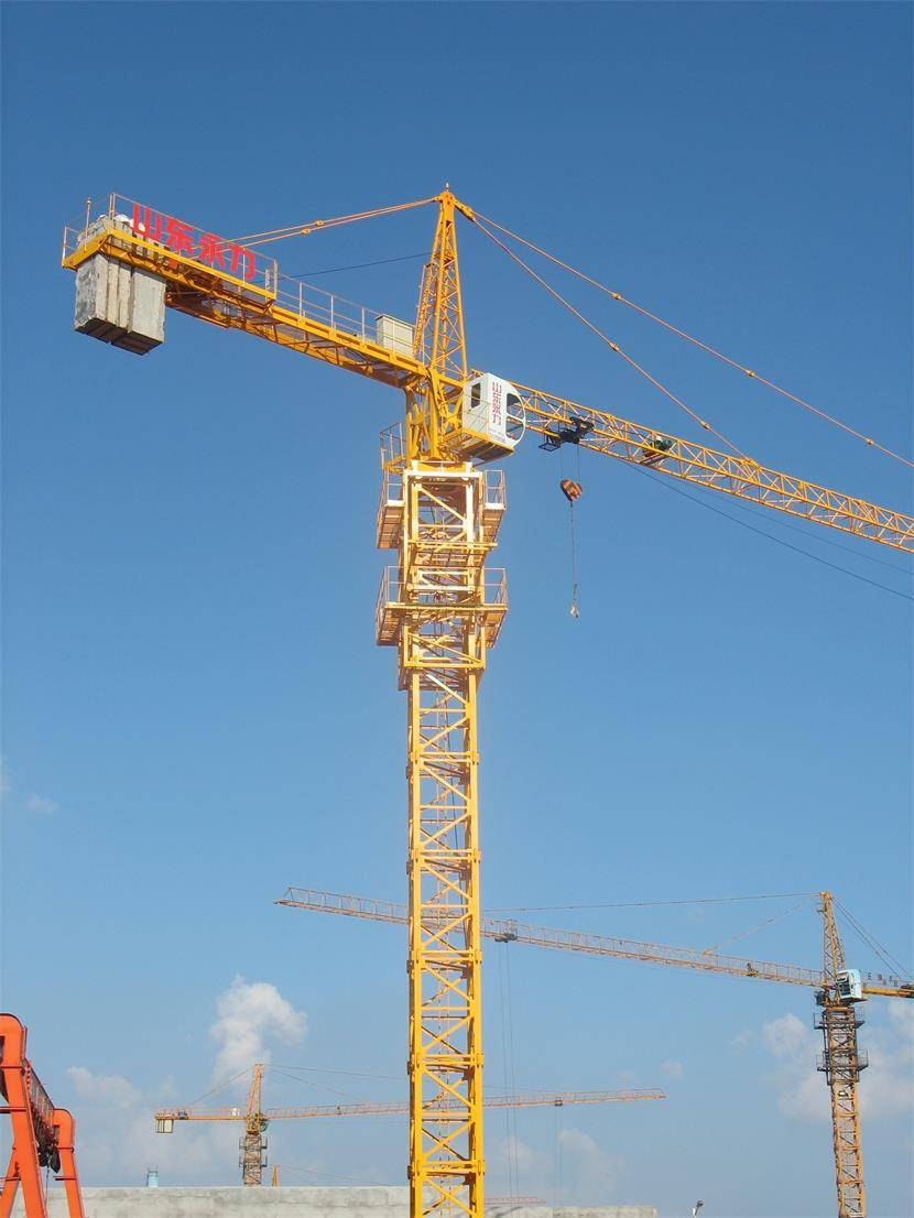 high quality 4t tower crane low price