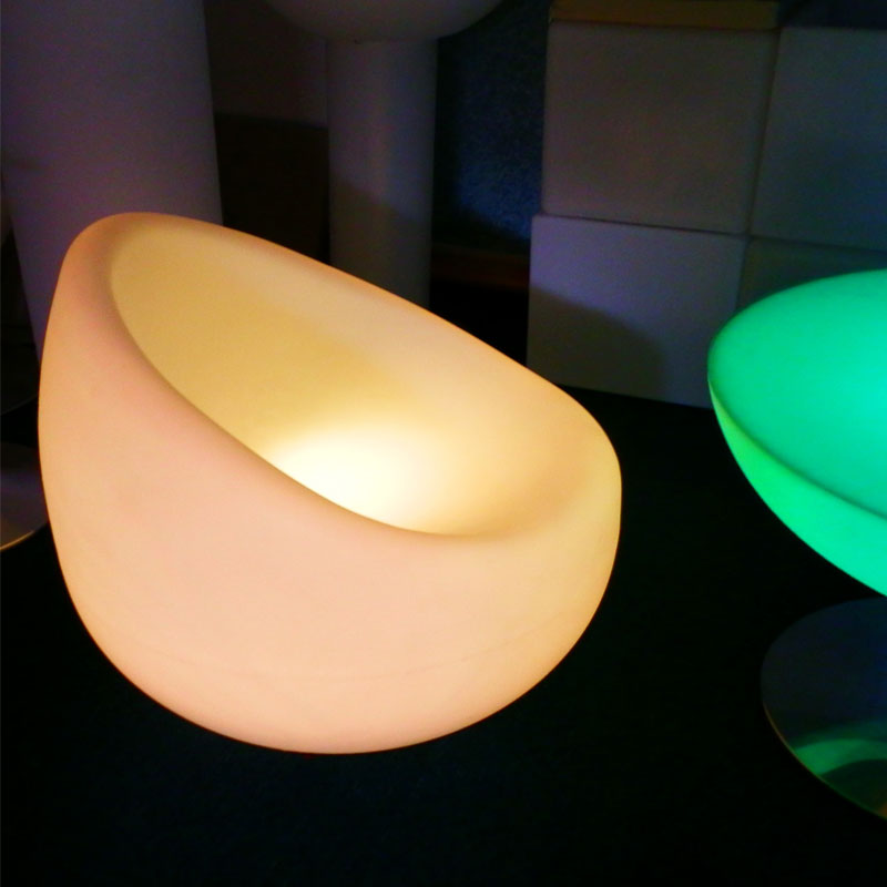 16 Color Change Rechargeable Plastic LED Chair