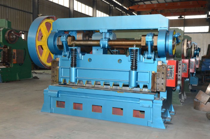 Q11-41600 high speed mechanical shear with foot pedal