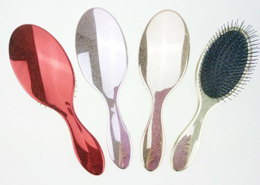 Hot Selling Oval cushion hair brush with drop chromed finish