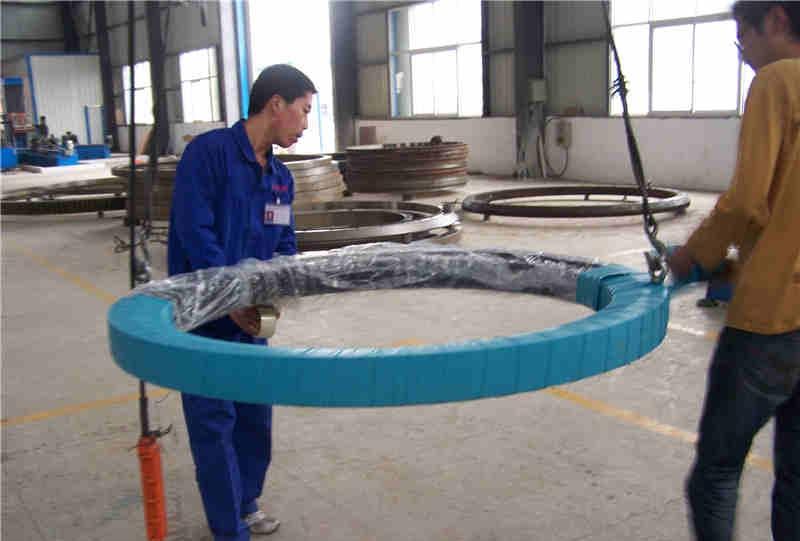 Turntable bearing slewing ring bearing with Internal gear teeth RKS.062.20.544