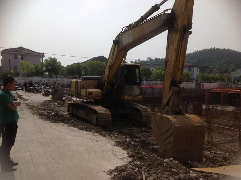 Used Komatsu PC200-6 Excavator / Komatsu Excavator PC200-6
