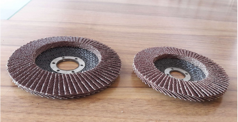 125x22mm aluminum oxide flap disc for metal and alloy polishing and grinding