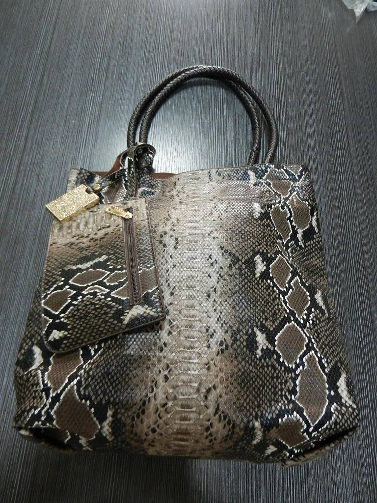 Leather ladies bag,snake optic, with a small pouch attached