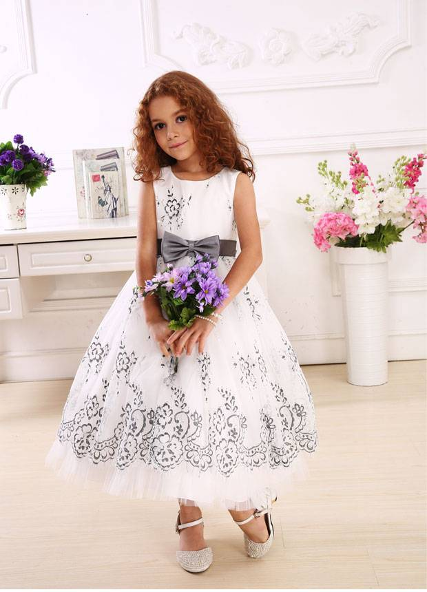 ankle-length girl baby kid children dress made of cotton with gray bow-knot