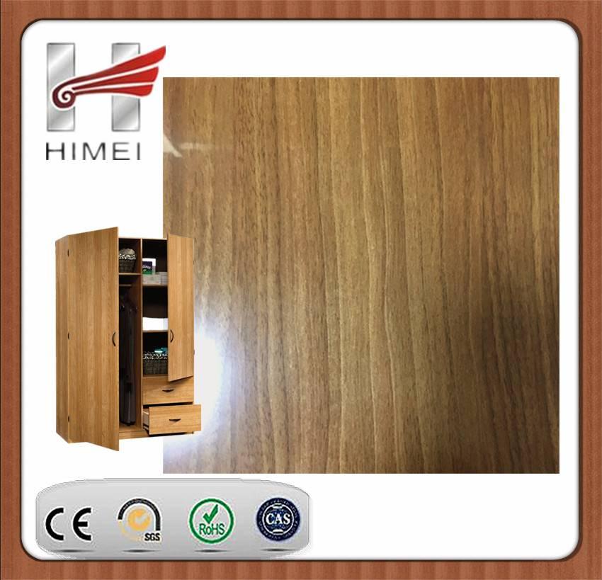 Wood grain laminated sheet for wardrobe