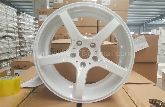 Top quality car alloy wheel from 12inch to 26inch wheel rim