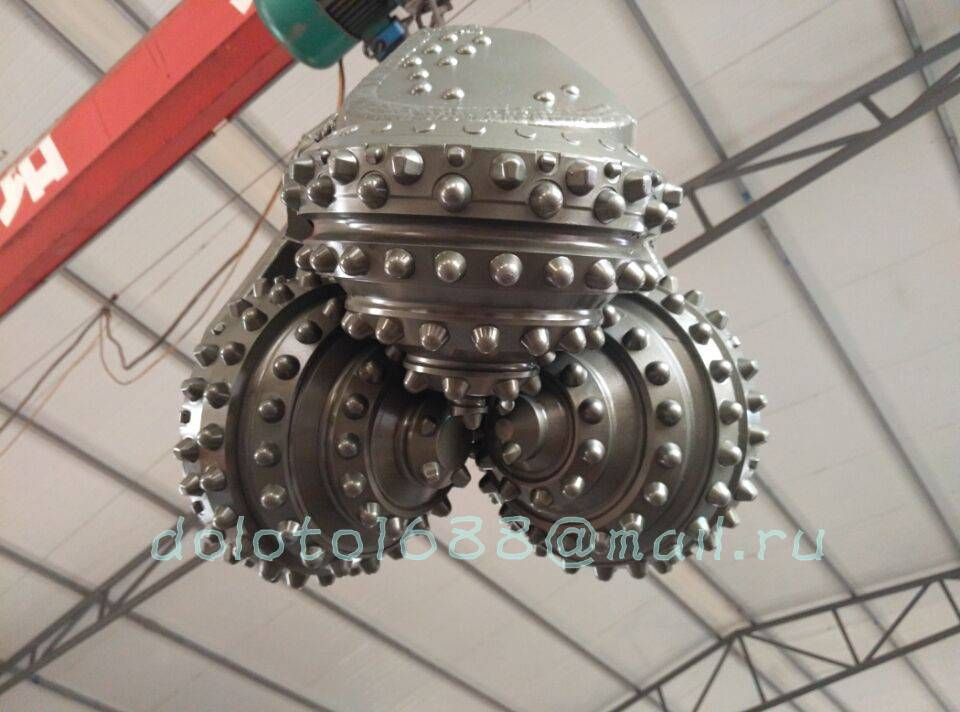 tricone rock bits/roller cone bits/drilling bits/insert bits/milled bits/steel tooth bits