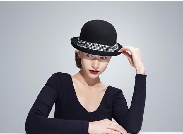 black Bucket Hats With Short Brim