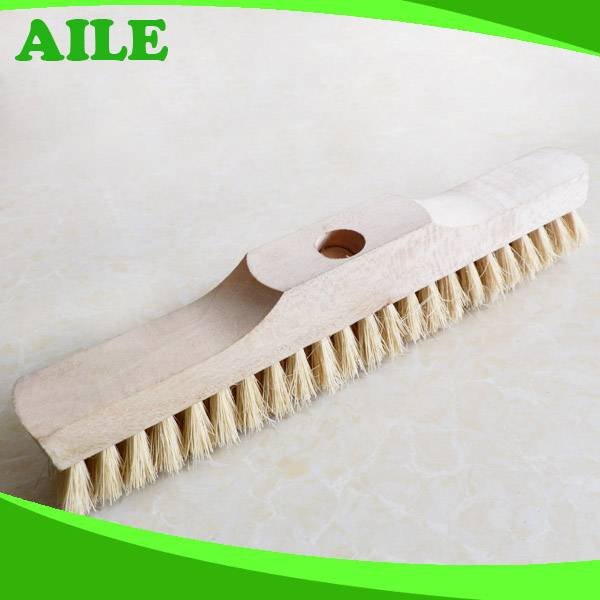 Natural Tampico Fiber Brush