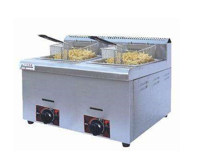 Electric deep fryer with two tanks
