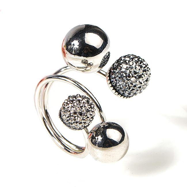 Fashion Women Exaggerated Size Unique Design Alloy Ball Ring