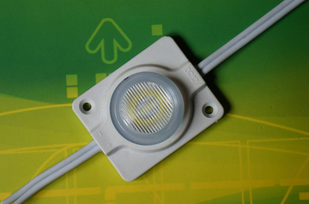 Waterproof 3535 LED Module with Lens in viewing angle 10°* 60°