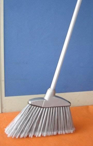 HQ0129 USA market hot-saled  big Angle Broom/Corner Broom W/ long metal handle