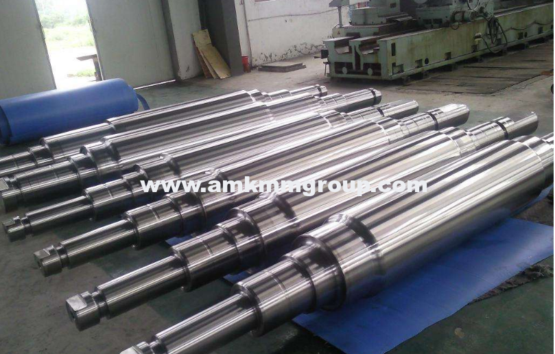 Forged steel working roll