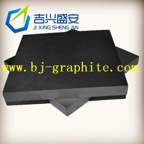 Molded graphite block