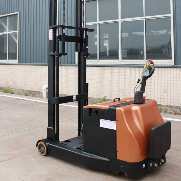 Electric Pallet Stacker with pedal and handle