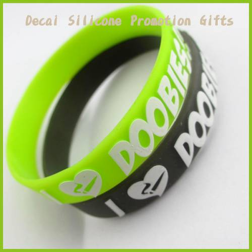 2012 Hot ! Promotion !Silicon Embossed Wristbands