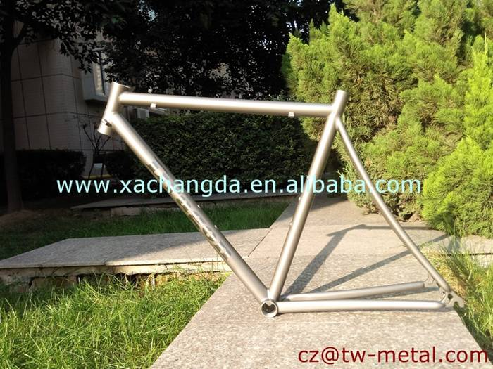 Titanium road bicycle frame Ti road frame with polish logo & Engrave head tube