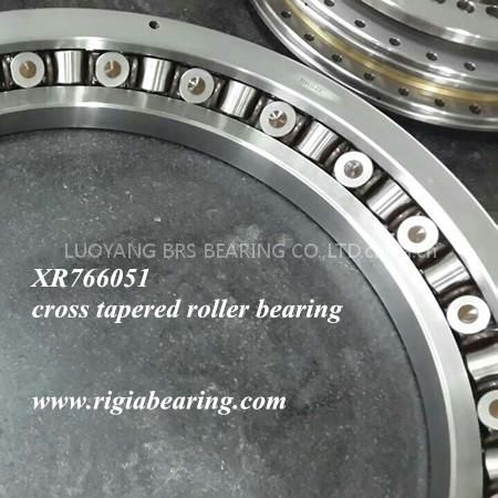 XR766051 Cross tapered roller bearing for excavators