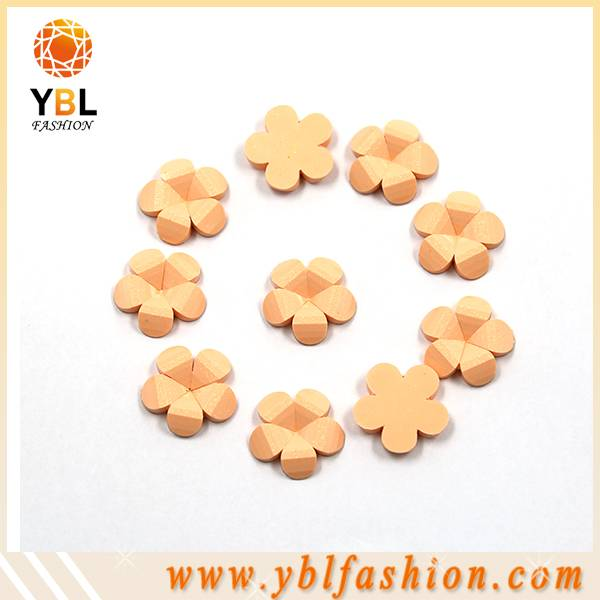 New arrival flower plastic epoxy hotfix items for garments
