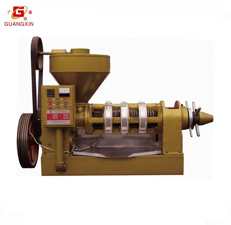 Oil press machine with temperature control