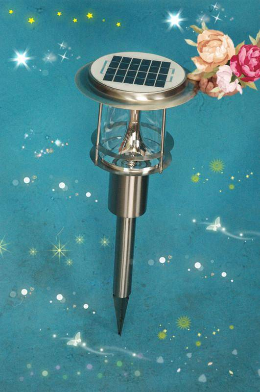 Solar lawn light with human body induction function
