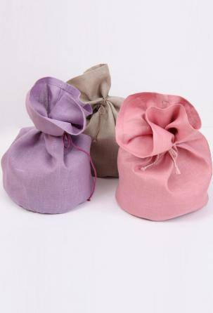 linen Bread basket & cake bags. Designed and manufactured in Italy.