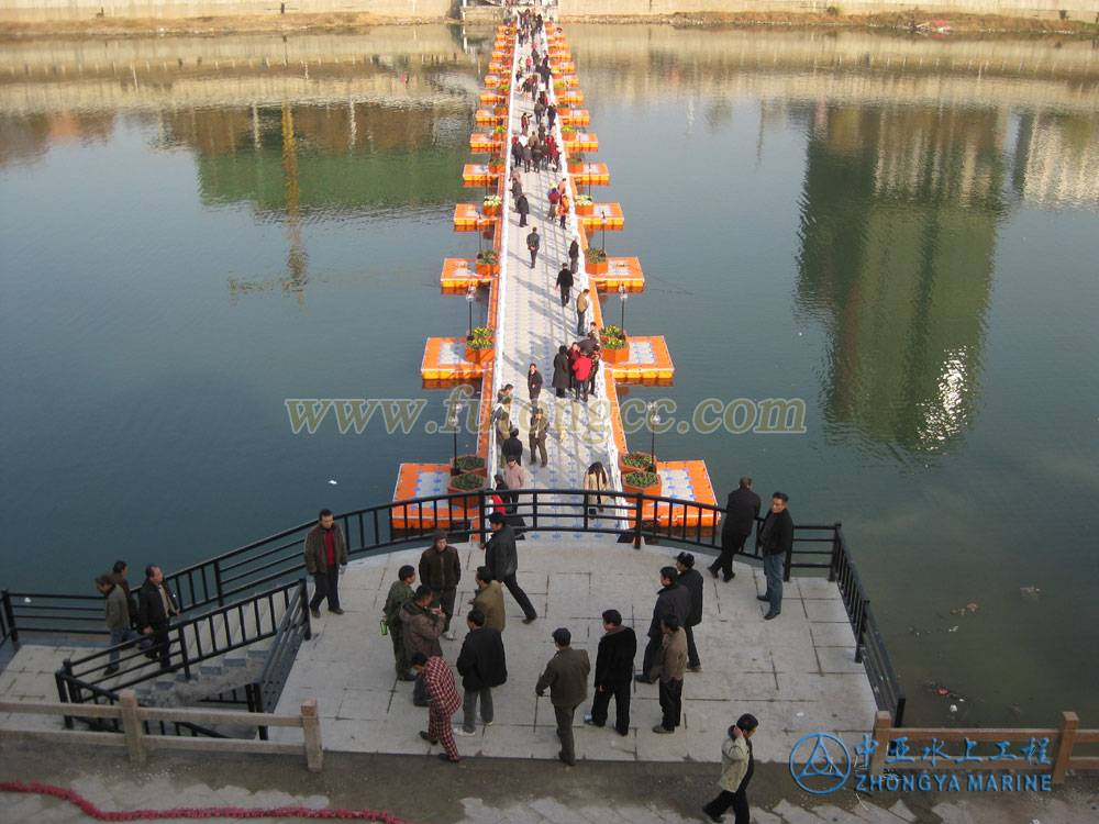 Pontoon Floating Bridge with Lamp