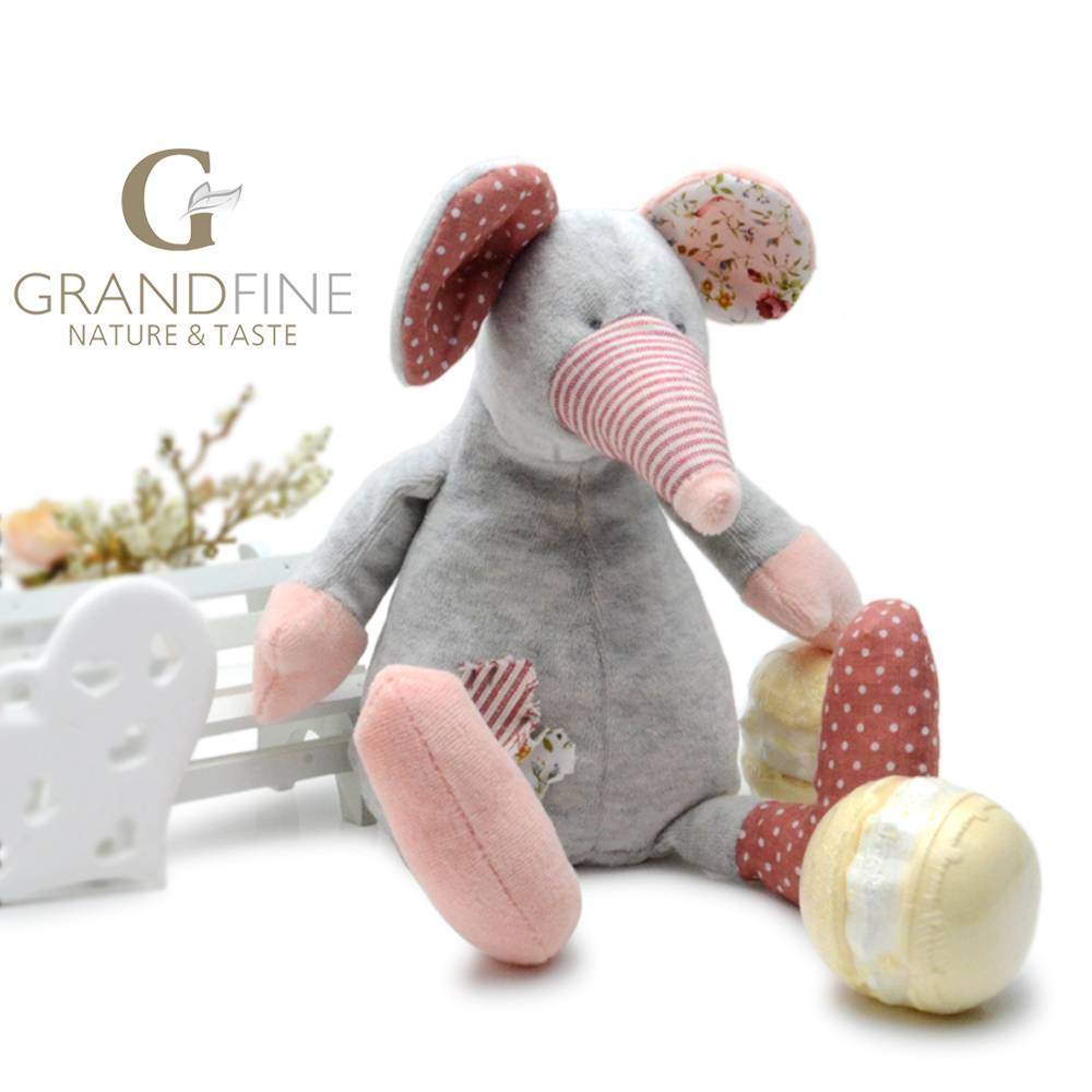 soft velvet sitting mouse dolls Fashion doll with EN71 test report and CE mark and Reach docs
