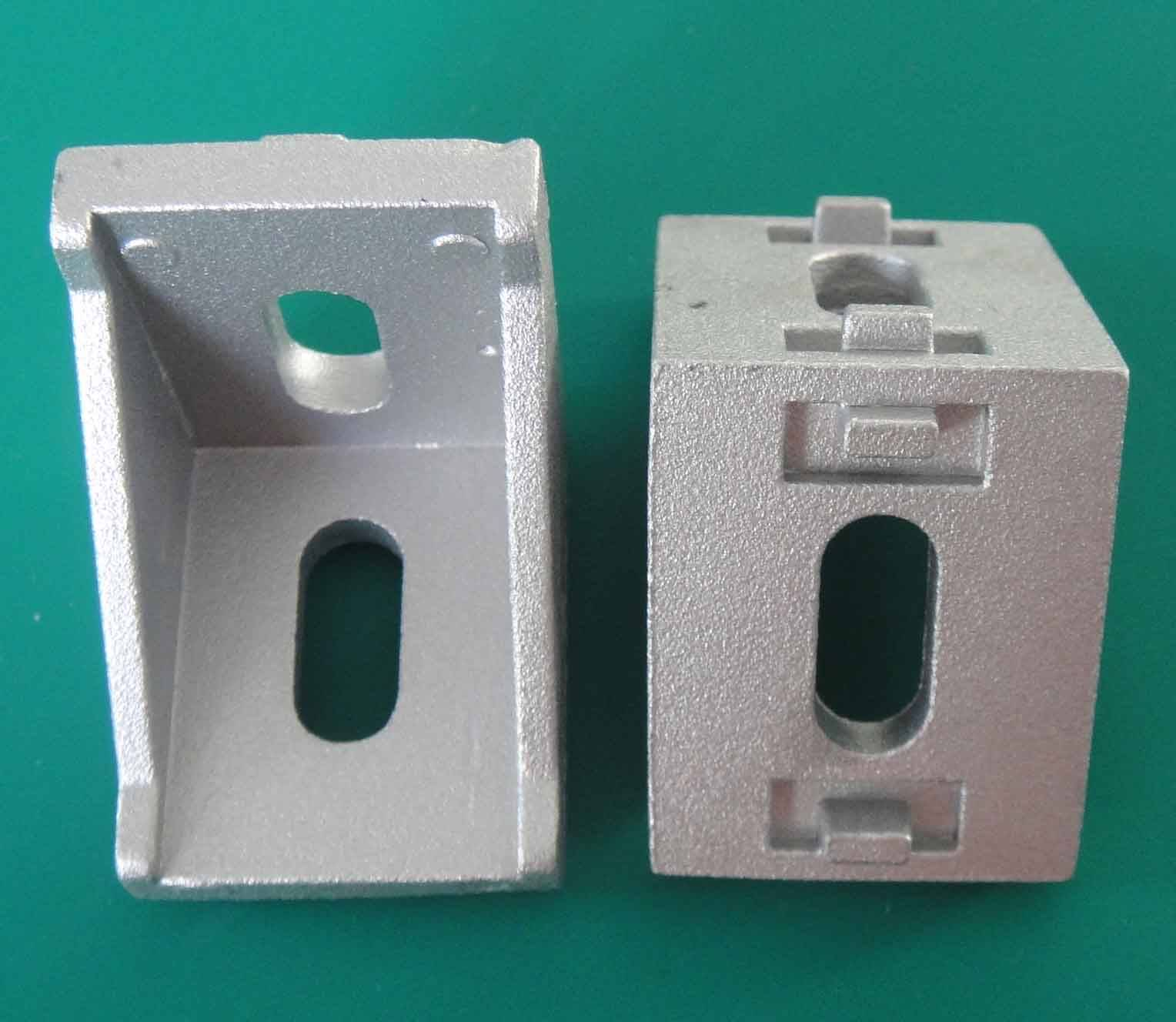 Brackets connector