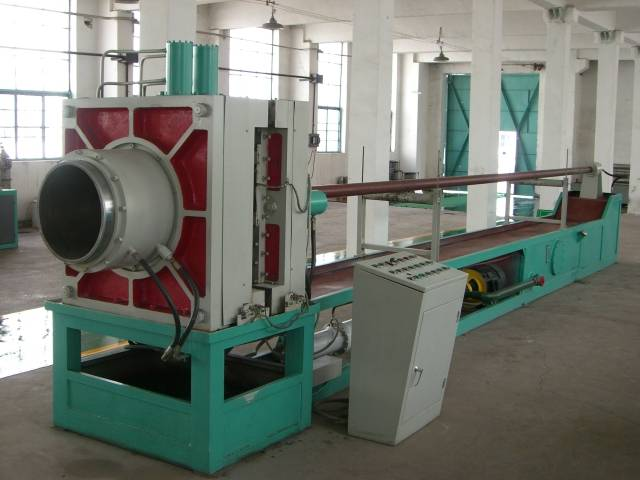 Hydraulic hose/bellow forming machine