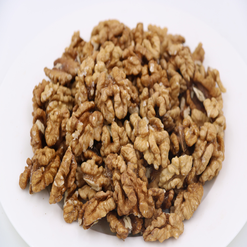 dry nuts ,walnuts without shell ,excellent quality