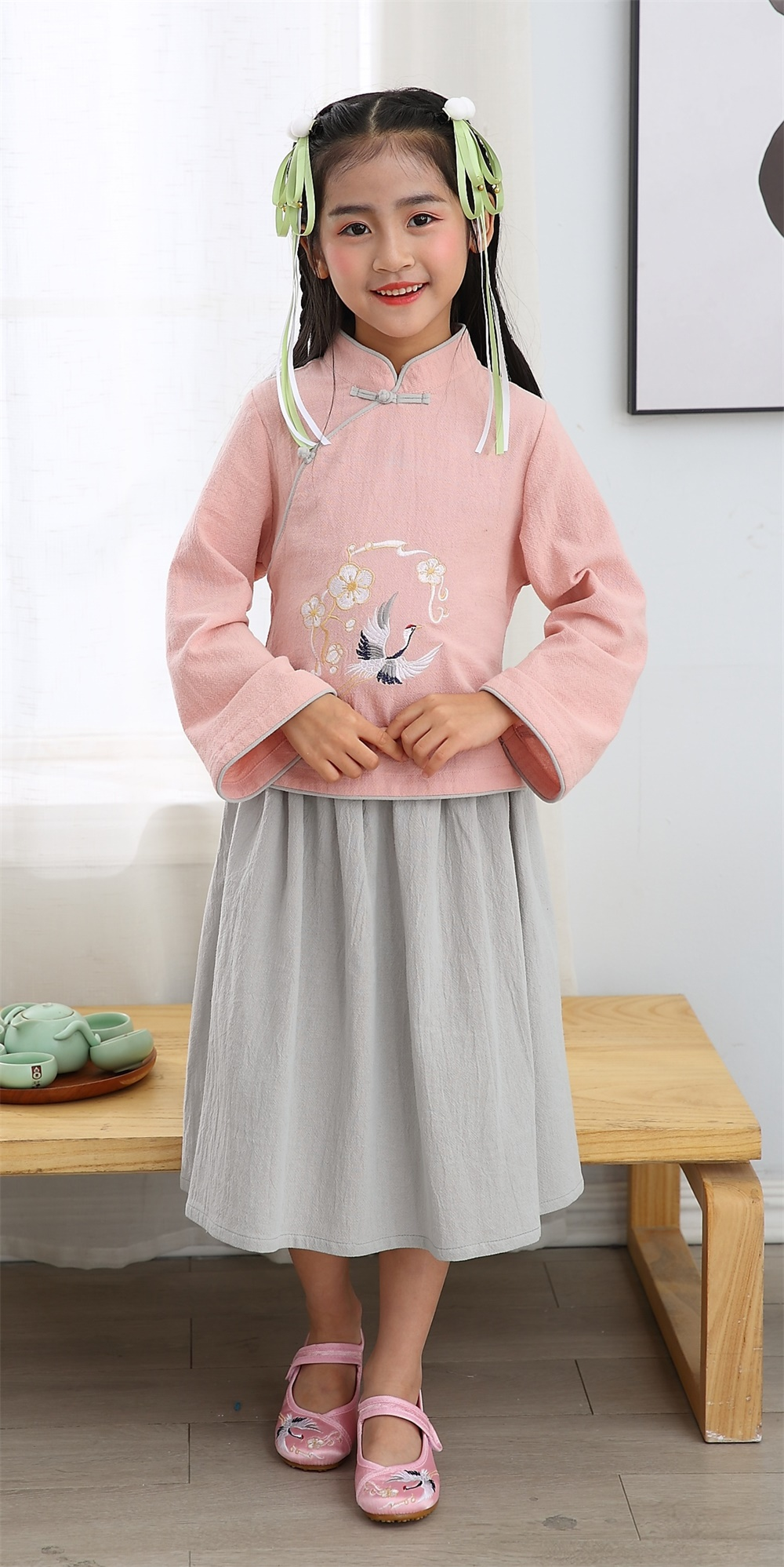 Girl summer embroidered cotton long sleeve mandarin colar two piece sets Chinese traditional clothin
