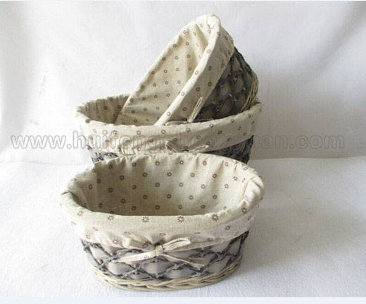 wooden wicker storage basket with fabric lining